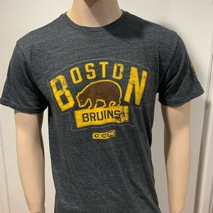 Boston bruins CCM 2016 Winter classic t shirt LRG